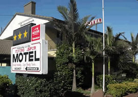 Flying Spur Motel - Accommodation Coffs Harbour