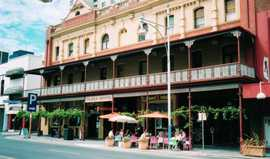 Plaza Hotel - Accommodation Coffs Harbour