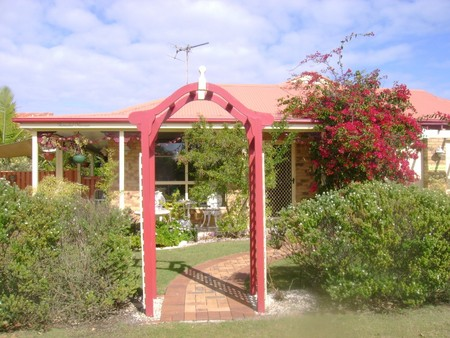 Angels Beach Lodge - Accommodation Coffs Harbour