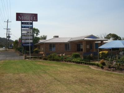 Almond Inn Motel - Accommodation Coffs Harbour