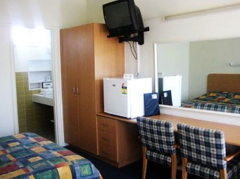 Sandbelt Club Hotel - Accommodation Coffs Harbour