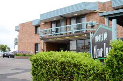 Motel 10 Motor Inn - Accommodation Coffs Harbour