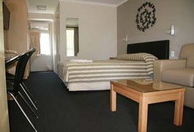 Queensgate Motel - Accommodation Coffs Harbour