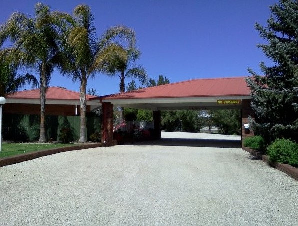 Golden Chain Border Gateway Motel - Accommodation Coffs Harbour