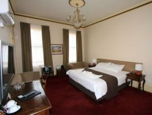 Glenferrie Hotel - Accommodation Coffs Harbour