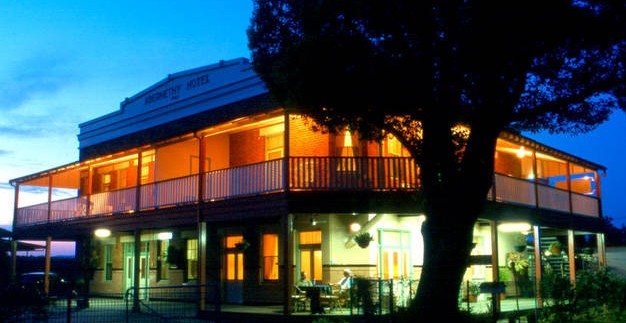 Abernethy Guesthouse - Accommodation Coffs Harbour