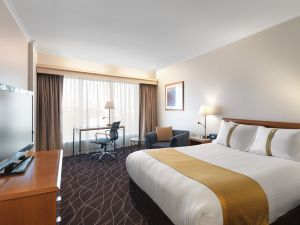 Holiday Inn Sydney Airport - Accommodation Coffs Harbour