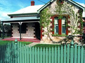 Naracoorte Cottages - Smith Street Villa - Accommodation Coffs Harbour