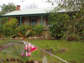 Naimanya Cottage - Accommodation Coffs Harbour