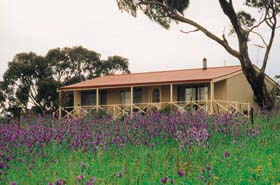 Windmill Cottage - Accommodation Coffs Harbour