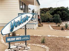 Yorke's Holiday Units - Accommodation Coffs Harbour