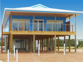 Lincoln View Holiday Home - Accommodation Coffs Harbour