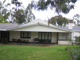 Naracoorte Cottages - Pinkerton Hill - Accommodation Coffs Harbour
