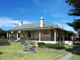 Seaview Lodge K.I. - Accommodation Coffs Harbour