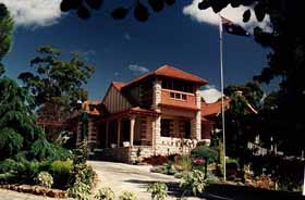 Marble Lodge - Accommodation Coffs Harbour