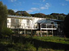Thorn Park on the Island - Accommodation Coffs Harbour