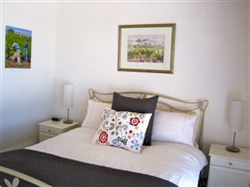 ArtWine Cottages - Accommodation Coffs Harbour