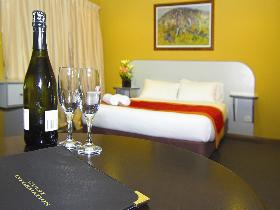 Victoria Hotel - Strathalbyn - Accommodation Coffs Harbour