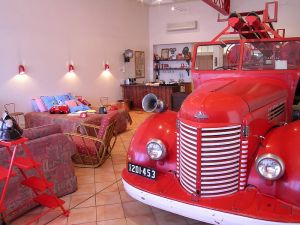 The Fire Station Inn - Fire Engine Suite - Accommodation Coffs Harbour