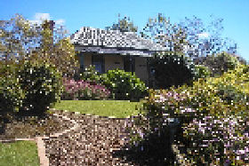 Camellia Cottage At Maple Hill - Accommodation Coffs Harbour