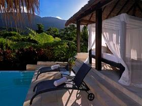 Executive Retreats - Shangri-La - Accommodation Coffs Harbour