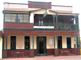 Central Hotel Zeehan - Accommodation Coffs Harbour