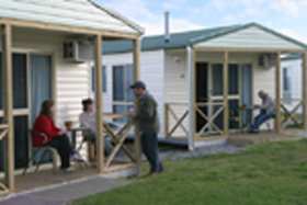 Discovery Holiday Parks Devonport Cosy Cabins - Accommodation Coffs Harbour