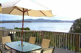 Waterfront on Georges Bay - Accommodation Coffs Harbour