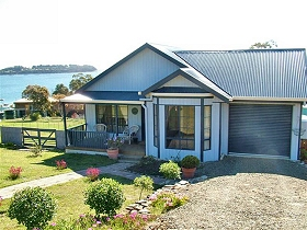 Bruny Island Accommodation Services - Omaroo Cottage - Accommodation Coffs Harbour
