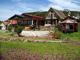 Rocky Glen Retreat By The Beach - Accommodation Coffs Harbour
