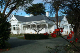 Huonville Guesthouse - Accommodation Coffs Harbour