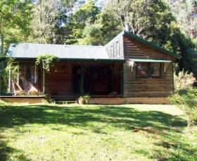 Red Dog Retreat - Accommodation Coffs Harbour