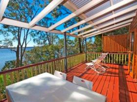 Eumarella Shores Noosa Lake Retreat - Accommodation Coffs Harbour