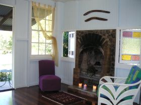 Avalon Noosa Farm Cottages - Accommodation Coffs Harbour