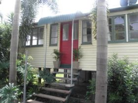 The Red Ginger Bungalow - Accommodation Coffs Harbour