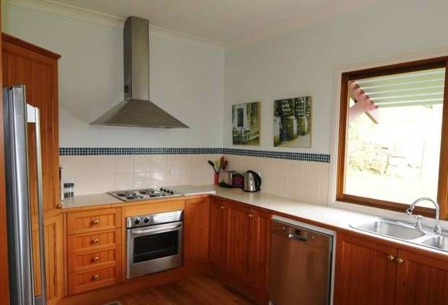 Blue Roo House - Accommodation Coffs Harbour
