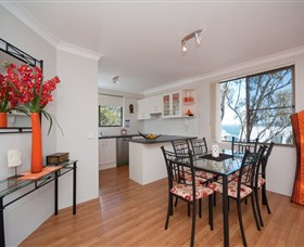 Magnus Street Treetops - Accommodation Coffs Harbour