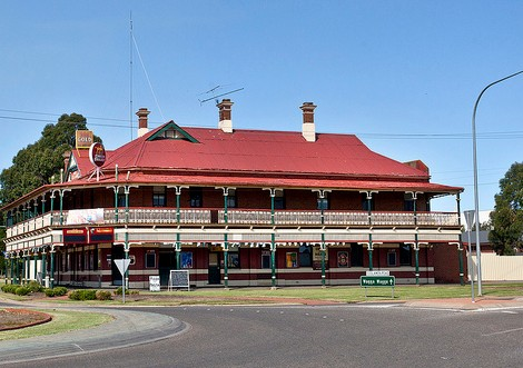 The New Coolamon Hotel