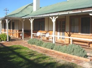 Gundagai Historic Cottages Bed and Breakfast - Accommodation Coffs Harbour