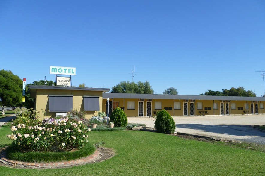 Lockhart Motel - Accommodation Coffs Harbour