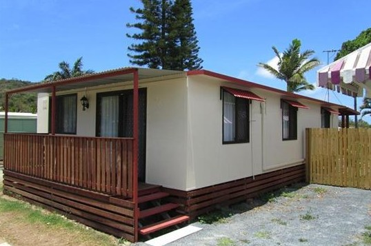 BIG4 Capricorn Palms Holiday Village - Accommodation Coffs Harbour