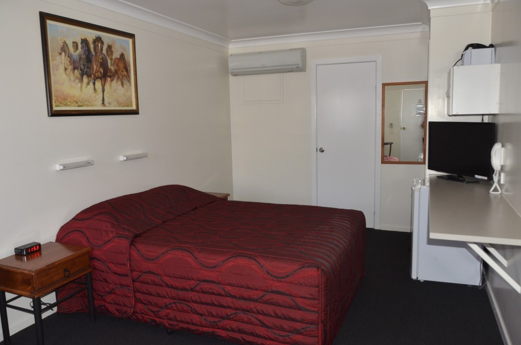 Waltzing Matilda Motor Inn - Accommodation Coffs Harbour