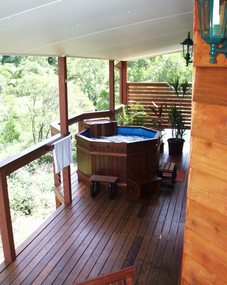 Ravensbourne Escape Holiday Cottages - Accommodation Coffs Harbour