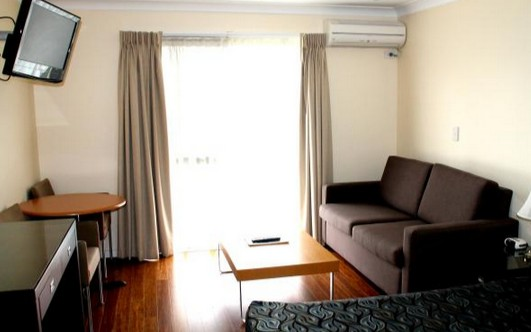 Centenary Motor Inn - Accommodation Coffs Harbour