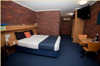Comfort Inn Blue Shades - Accommodation Coffs Harbour
