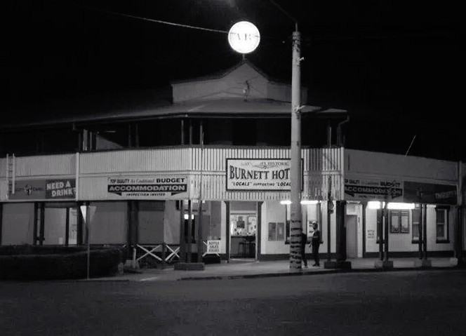 Burnett Hotel - Accommodation Coffs Harbour