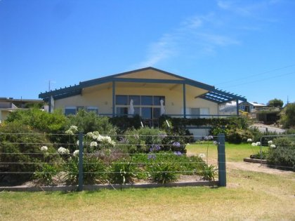 Emu Bay Lodge - Accommodation Coffs Harbour