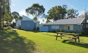 Huskisson Holiday Cabins - Accommodation Coffs Harbour