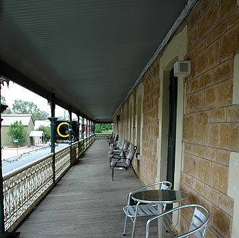 Hotel Mannum - Accommodation Coffs Harbour