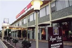 Regal Park Motor Inn - Accommodation Coffs Harbour